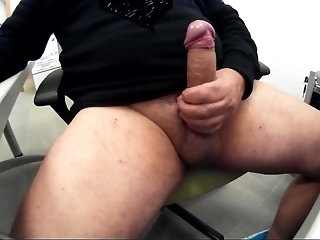 handjob (gay) big cock (gay)