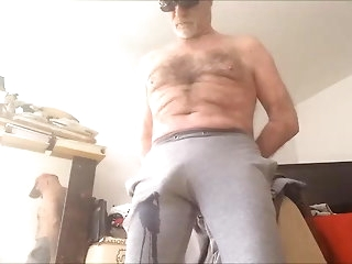 bear (gay) uro n 10 amateur (gay)