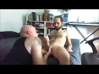 blowjob (gay) Me fist video bear (gay)