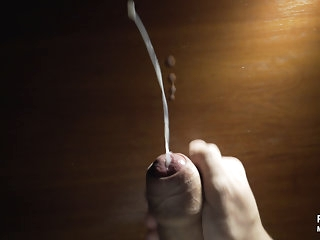 big cock (gay) Young delighted juicy cumshot on the table 4K amateur (gay)
